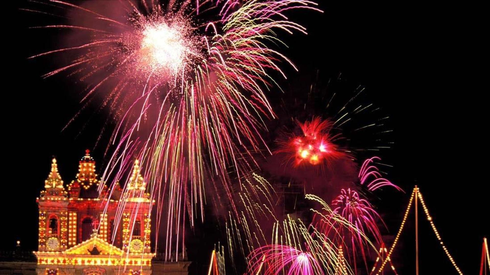 Homes of Quality fireworks property for sale