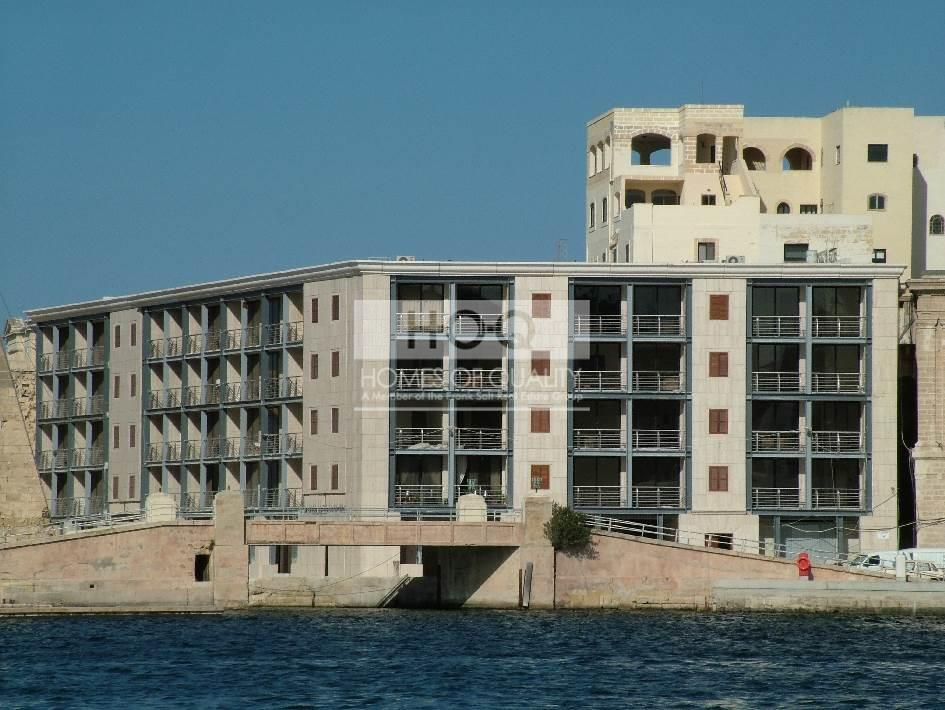 ST ANGELO MASIONS, COTTONERA WATERFRONT for Sale Malta